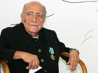 Oscar Niemeyer: internado pela terceira vez no ano