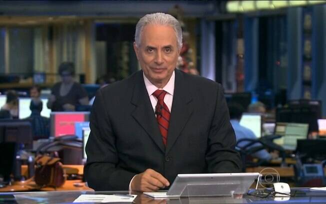 Vazador do vídeo de William Waack posa em bancada da Globo