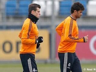 Bale e William José participam de treino do Real Madrid