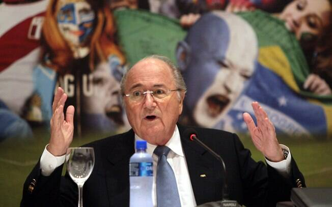 Joseph Blatter é a favor do uso da tecnologia no futebol