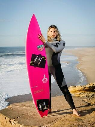 A carioca Maya Gabeira é pentacampeã do Billabong XXL Global Big Wave Award