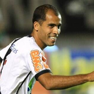 Felipe segue fora do time titular do Vasco