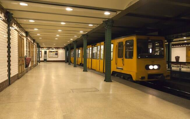 Budapeste é orgulhosa detentora do segundo metrô mais antigo do mundo, de 1896