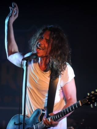 Chris Cornell, vocalista do Soundgarden, em show recente do grupo