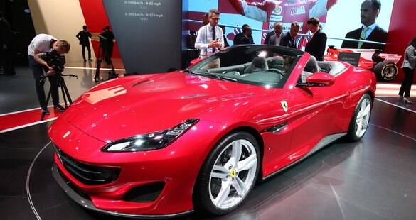 Ferrari apresenta o supercarro Portofino, no lugar do California T