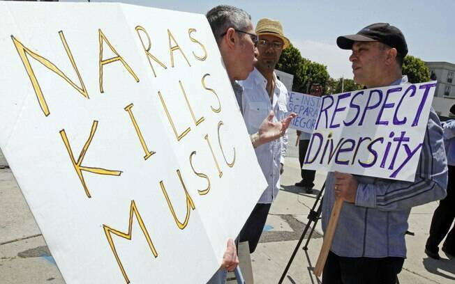 Protesto contra supressão de categorias do Grammy em Los Angeles