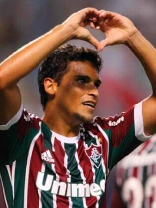 Jean, volante do Fluminense