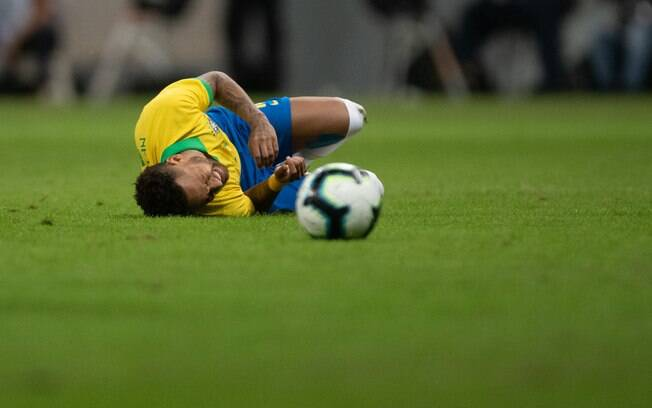 Neymar no amistoso contra o Catar