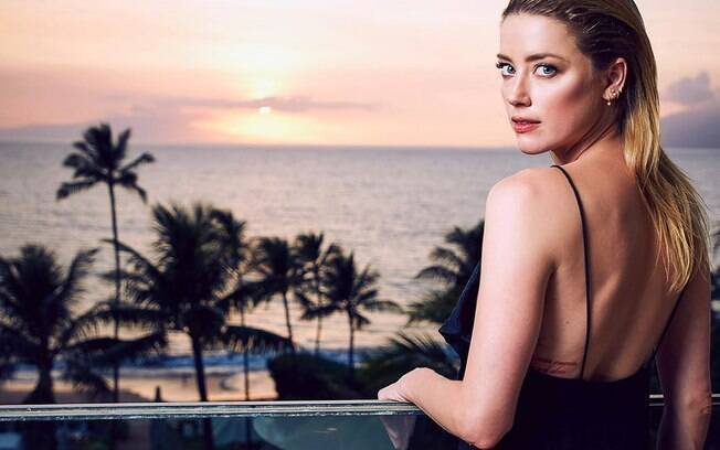 Amber Heard is widely criticized for publishing a racist