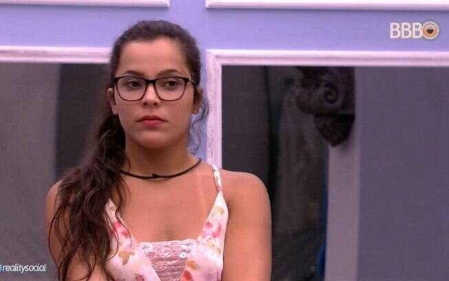 Emilly continuou no
