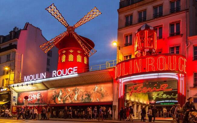 Fachada do Moulin Rouge
