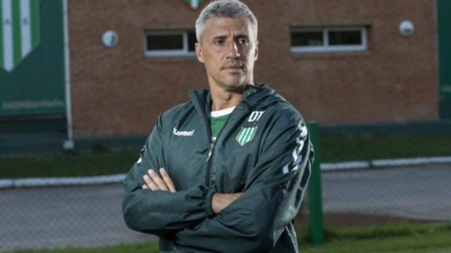 Hernán Crespo, técnico do Defensa y Justicia
