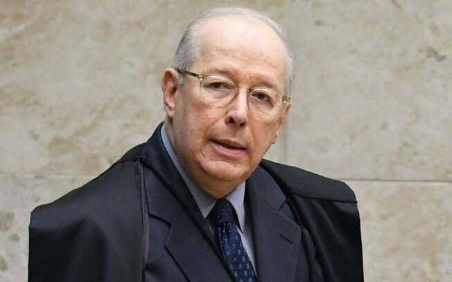 Ministro Celso de Mello durante sessão do STF