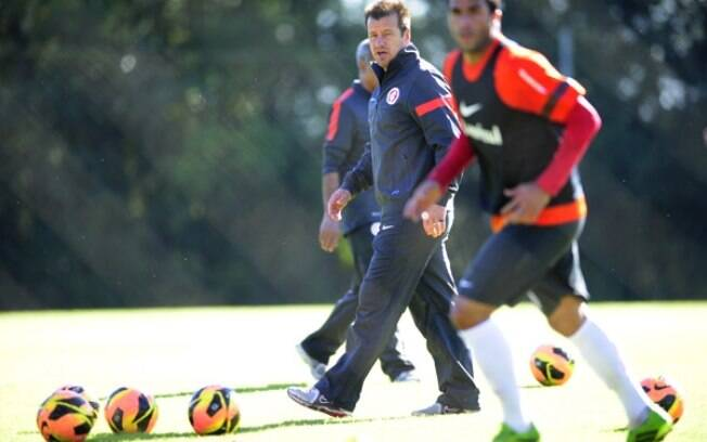 Dunga comanda treino do Internacional
