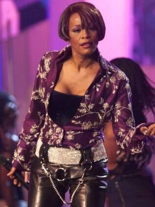 Whitney Houston toca no MTV European Music Awards em 1999, em Dublin