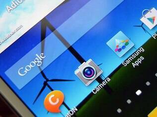 Galaxy Note II traz interface TouchWiz