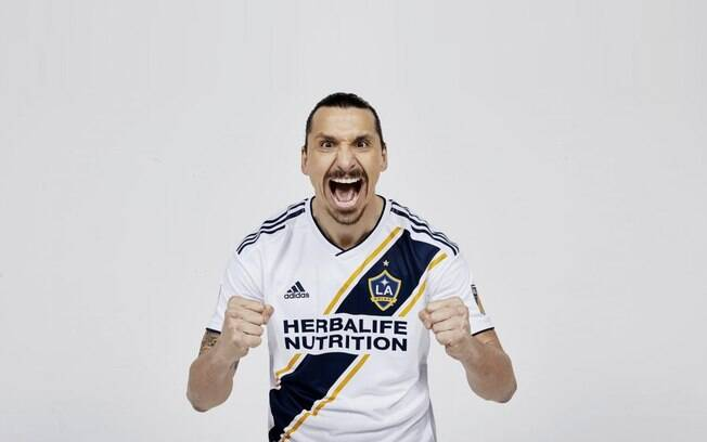 Ibrahimovic acertou com o Los Angeles Galaxy e vai disputar a MLS