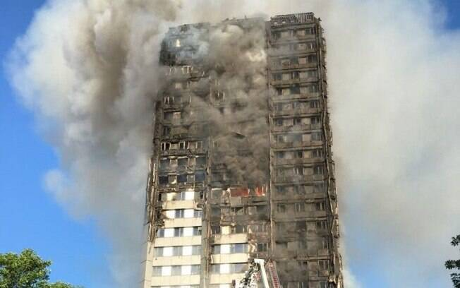 Incêndio Londres - Kensington - Grenfell Tower