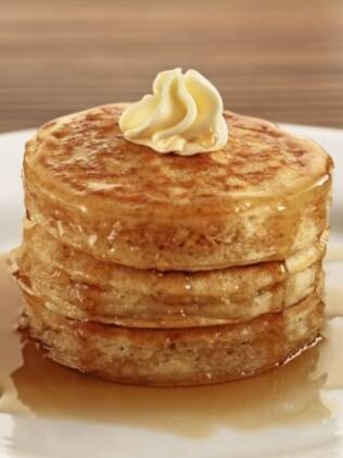 Pancakes do 210 Diner: banhadas com maple syrup