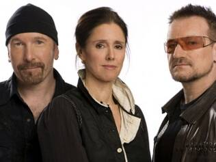 The Edge, a diretora Julie Taymor e Bono